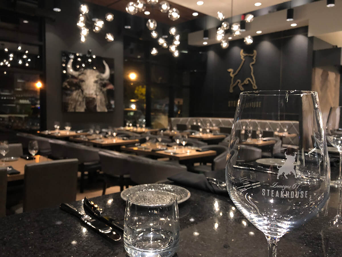 Ambiance Limoges 67 Steakhouse